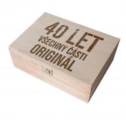 40 let - všechny části originál - dřevěná krabička s gravírováním